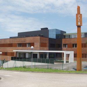 Edificio Administrativo para Consultas Médicas en Mompía (Cantabria)